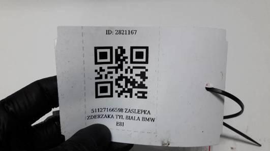 51127166598 ZASLEPKA ZDERZAKA TYL BIALA BMW E81