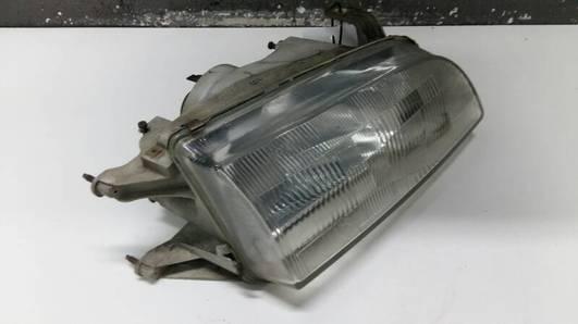 110-32231 REFLEKTOR PRZEDNI PRAWY SUZUKI SWIFT II