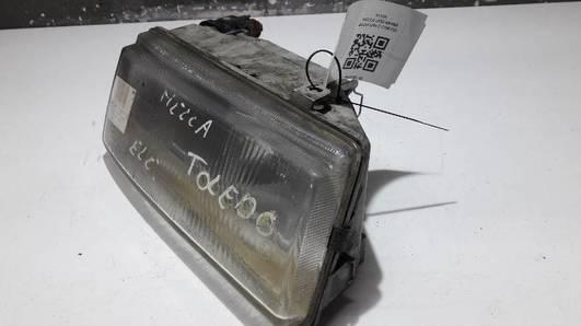 302-961572 REFLEKTOR PRAWY SEAT TOLEDO HELLA
