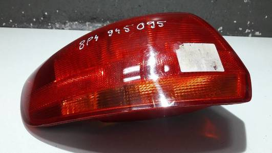 8P4945095C LAMPA LEWY TYL AUDI A3 2006