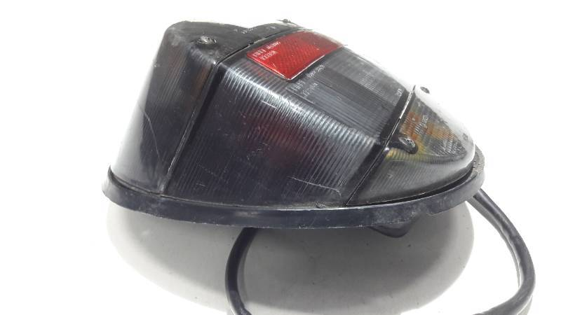 LAMPA PRAWA VW GARBUS CZARNA