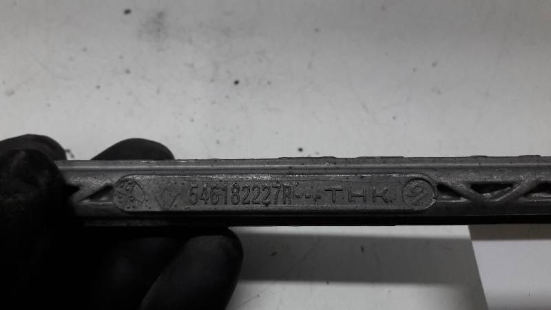 546182227R LACZNIK STABILIZATORA MEGANE III SCENIC