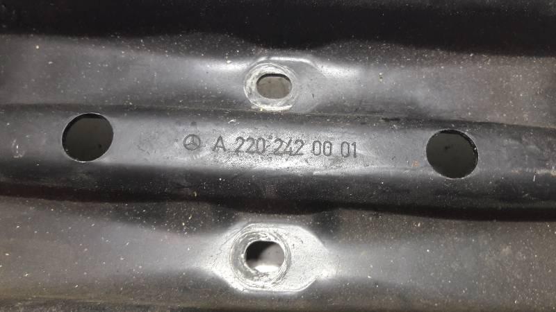 A2202420001 PODPORA SKRZYNI MERCEDES W220 3.2 V6