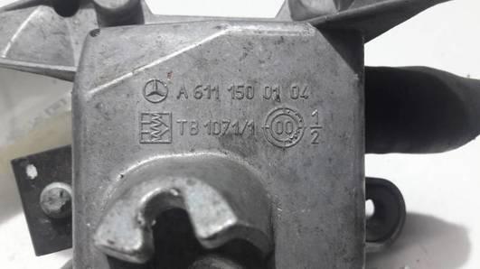 A6111500104 POMPA OBIEGU WODY W210 E LIFT 2.7 CDI