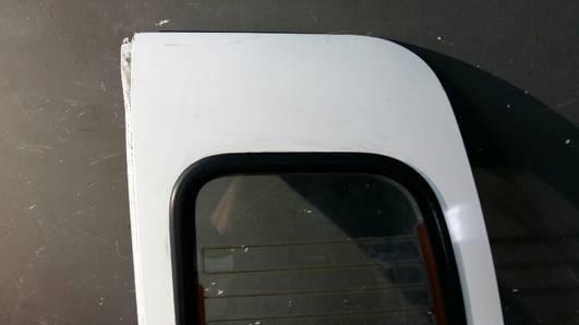 DRZWI PRAWY TYL VW CADDY II 96r