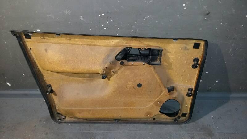 1H4867012 TAPICERKA DRZWI PRAWY PRZOD VW GOLF III