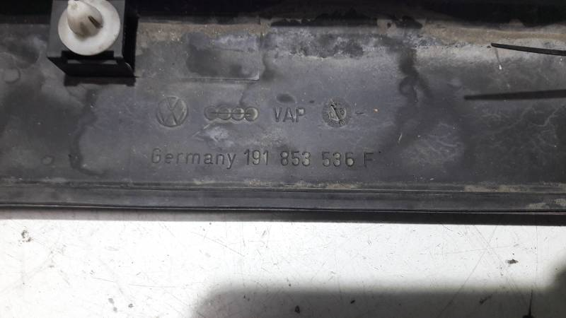 191853536F LISTWA  BLOTNIKA PRAWY TYL GOLF II