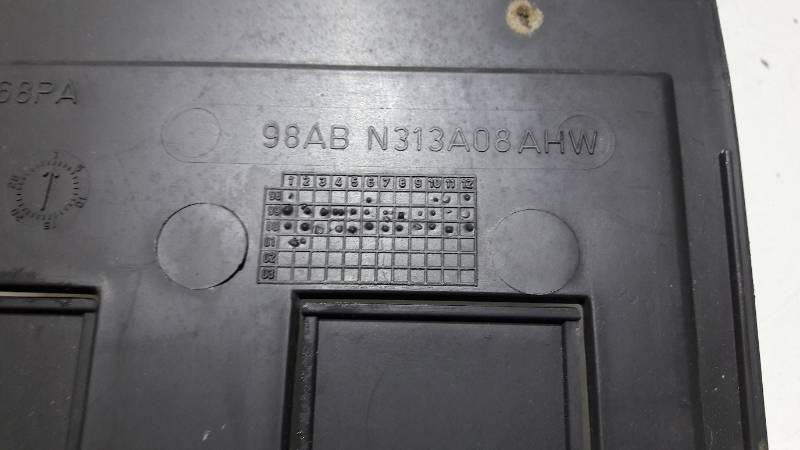 98ABN313A08 OSLONA BAGAZNIKA FORD FOCUS MK1