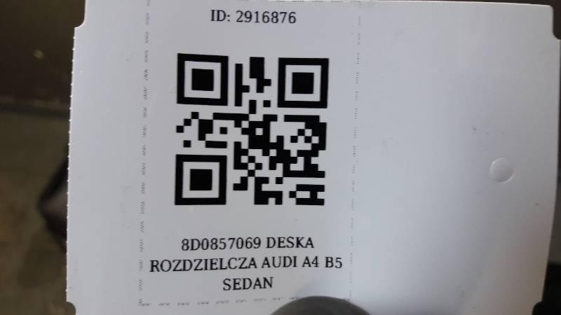 8D0857069 DESKA ROZDZIELCZA AUDI A4 B5 SEDAN