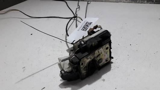 1H4839016A ZAMEK DRZWI PRAWY TYL VW VENTO 93R