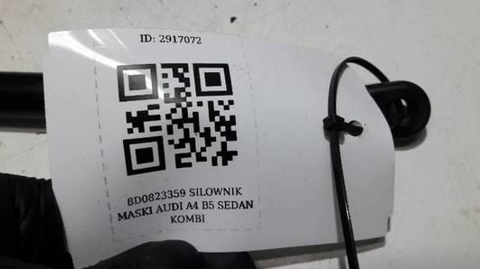 8D0823359 SILOWNIK MASKI AUDI A4 B5 SEDAN KOMBI