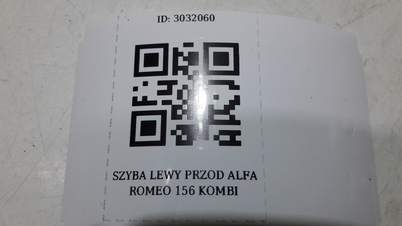 SZYBA LEWY PRZOD ALFA ROMEO 156