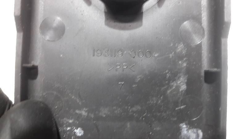 193119000 OSLNA ZASLEPKA VOLVO V50