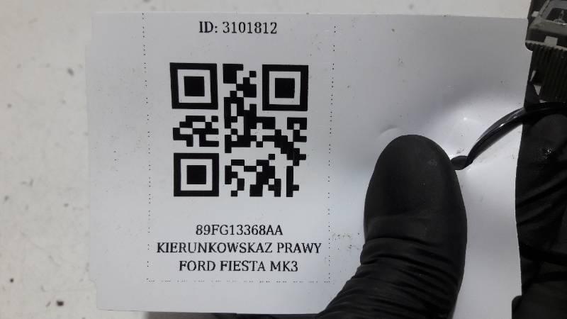 89FG13368AA KIERUNKOWSKAZ PRAWY FORD FIESTA MK3