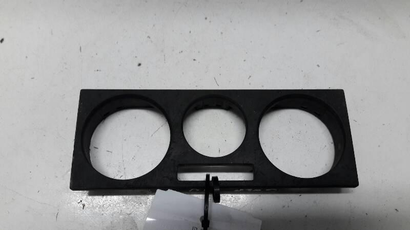 1J0819157G RAMKA PANELU NAWIEWY VW GOLF IV 01R