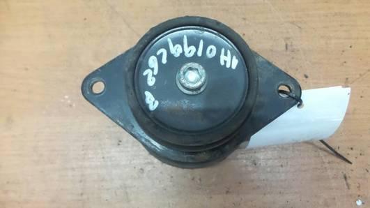 1H0199262B PODUSZKA SILNIKA VW GOLF III PASSAT B3