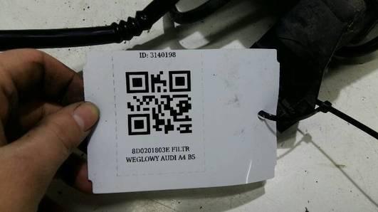 8D0201803E FILTR WEGLOWY AUDI A4 B5