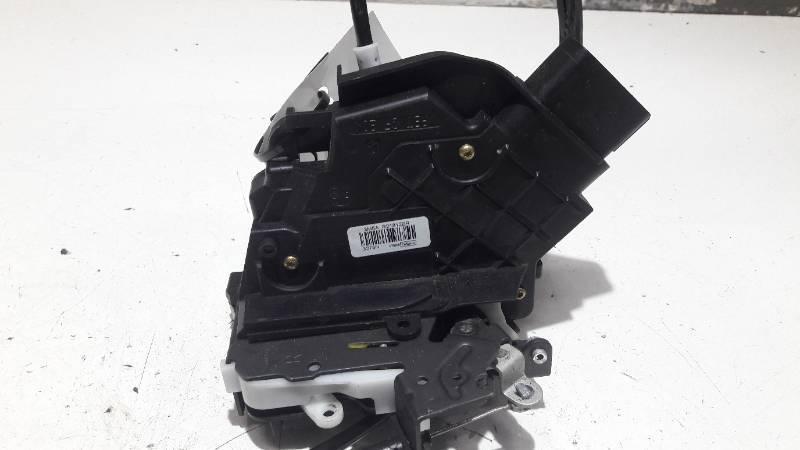 3M5AR21812MR ZAMEK DRZWI PRAWY PRZOD FOCUS MK2 06R