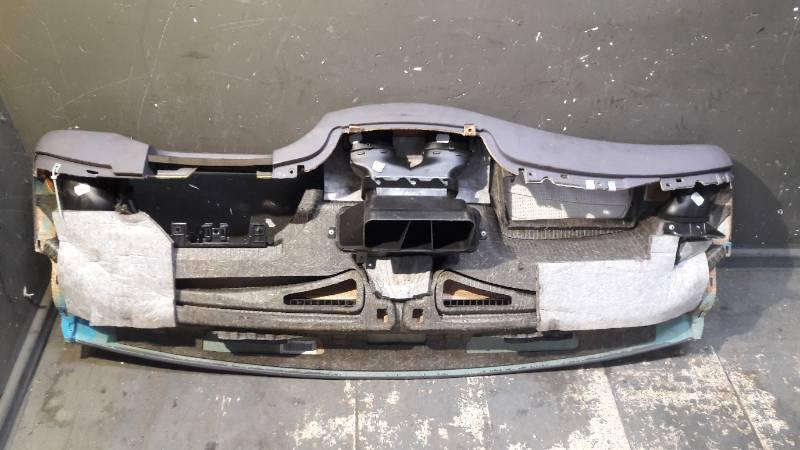 A1686809X87 DESKA ROZDZIELCZA MERCEDES W168 A190
