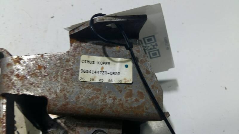 96541447ZR-0R00 DZWIGNIA RECZNEGO PEUGEOT 307 04R