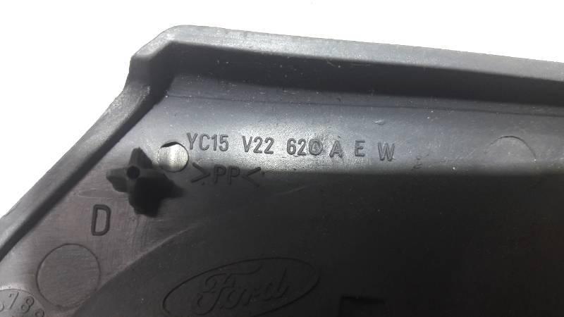 YC15V22620 OSLONA KLAMKI PRAWY PRZOD TRANIST