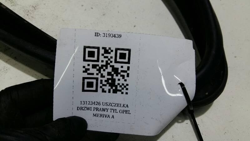 13123426 USZCZELKA DRZWI PRAWY TYL OPEL MERIVA A