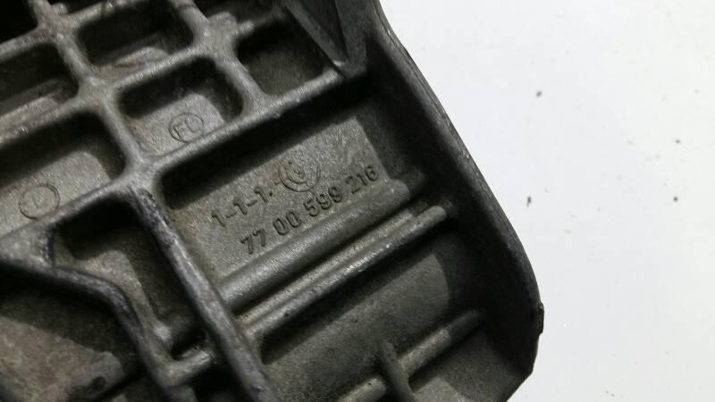7700599216 LAPA SILNIKA RENAULT 19 1.8 90R