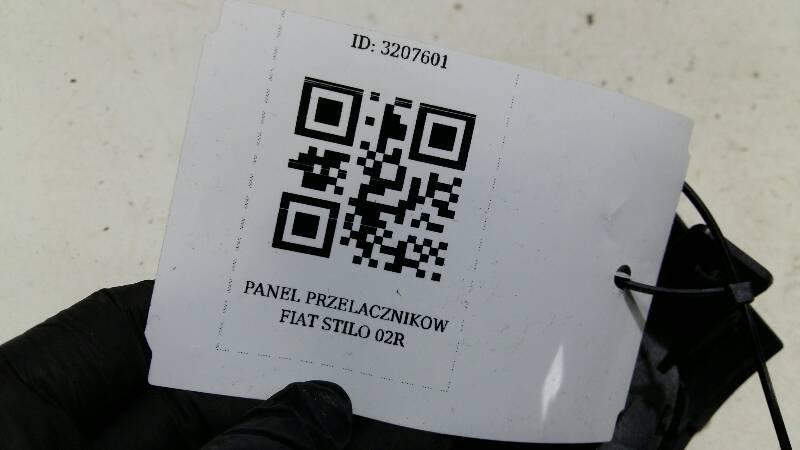 PANEL PRZELACZNIKOW FIAT STILO 02R