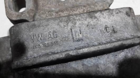 1K0199555L PODUSZKA SILNIKA VW CADDY 2.0SDI 04R