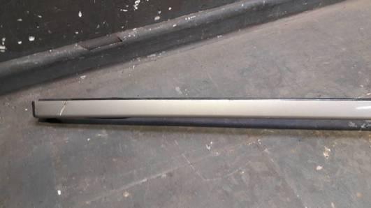 2106900697 LISTWA DACHU PRAWA MERCEDES W210