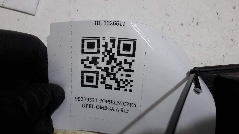 90229521 POPIELNICZKA OPEL OMEGA A 91r