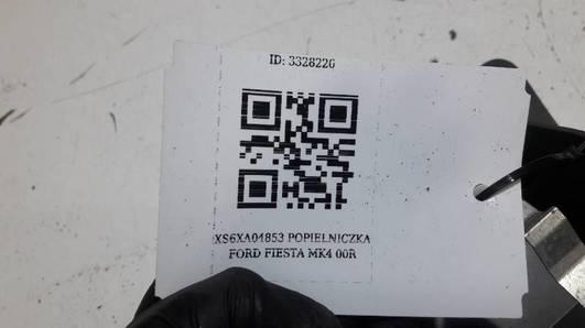 XS6XA04853 POPIELNICZKA FORD FIESTA MK4 00R