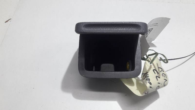 7700421369 POPIELNICZKA RENAULT CLIO I 2001R