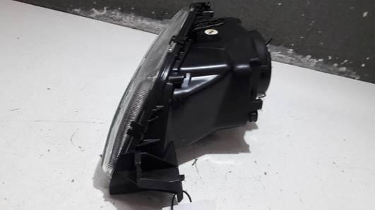20-3245  REFLEKTOR PRAWY PEUGEOT 306 I TYC