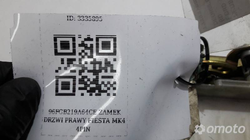 93BG220A20BA ZAMEK DRZWI PRAWY PRZOD FIESTA MK4