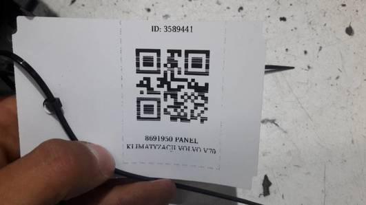 8691950 PANEL KLIMATYZACJI VOLVO V70