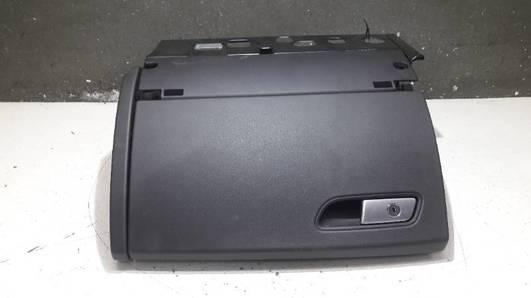 4G8857035D SCHOWEK PASAZERA AUDI A7 S7