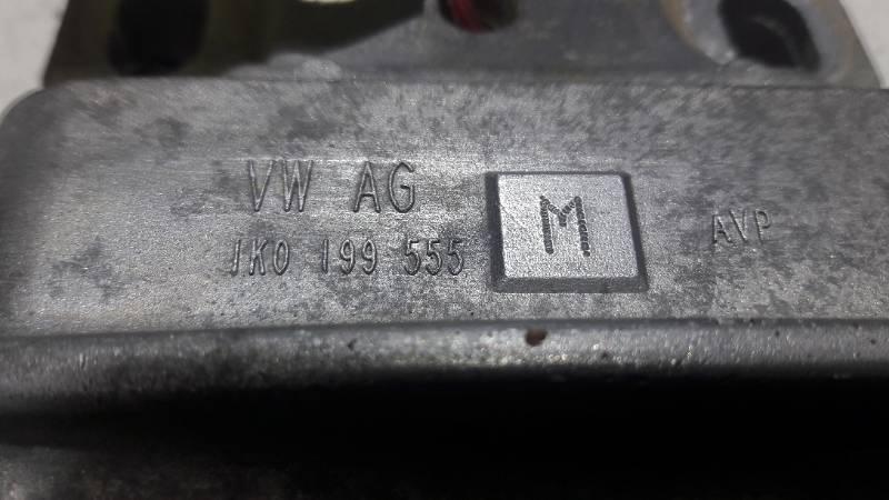 1K0199555M PODUSZKA SILNIKA VW PASSAT B7 TDI