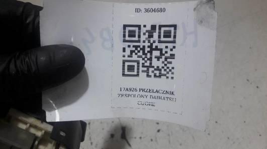 17A926 PRZELACZNIK ZESPOLONY DAIHATSU CUORE