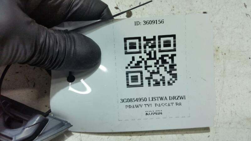 3G0854950 LISTWA DRZWI PRAWY TYL PASSAT B8 KOMBI