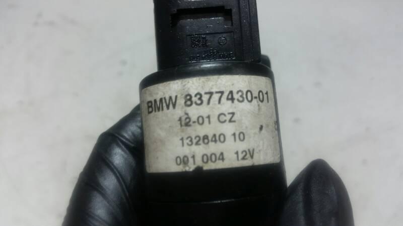 83743001 POMPA SPRYSKIWACZY BMW 1 E87