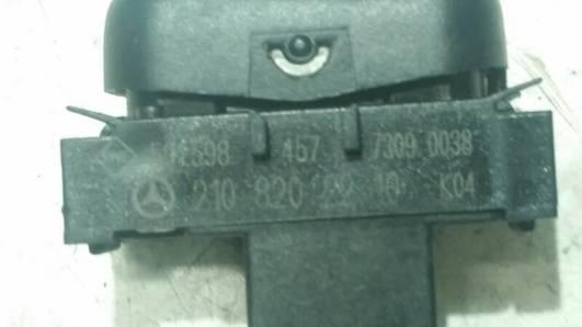 2108202210 PRZELACZNIK SPRYSKIWACZY MERCEDES W210