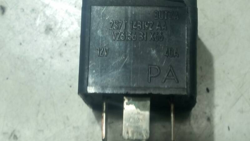 V23136B1 PRZEKAZNIK VW TRANSPORTER 2.5 TDCI