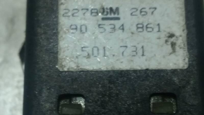 90534861 PRZYCISK SWIATEL PRZECIWMGIELNYCH CORSA B