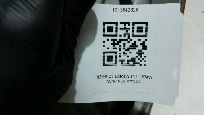 8364921 LAMPA TYL LEWA BMW E46 SEDAN