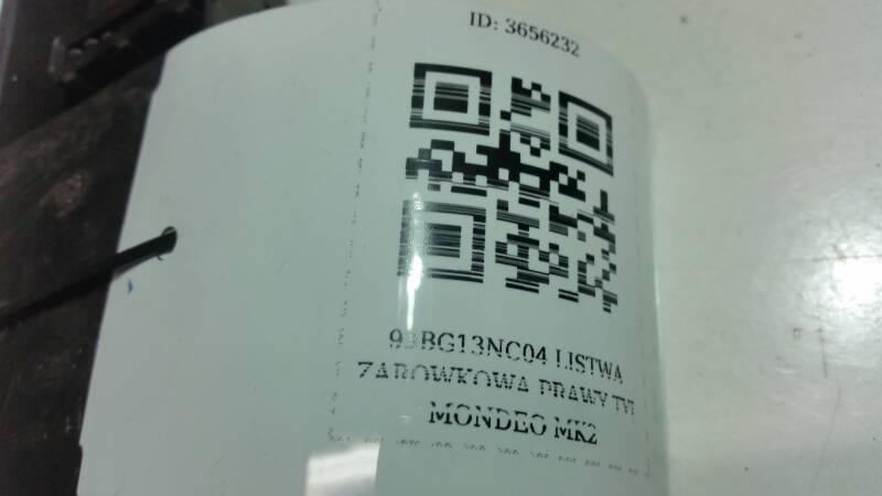 93BG13NC04 LISTWA ZAROWKOWA PRAWY TYL MONDEO MK2