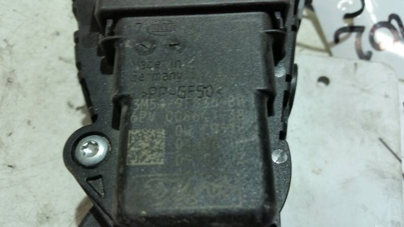 3M519F836BH POTENCOMETR GAZU FOCUS MK2 C-MAX
