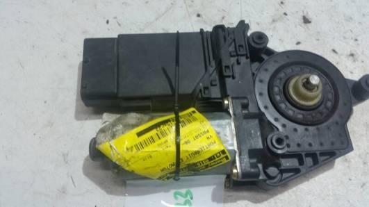 101430203 SILNICZEK SZYBY LEWY PRZOD VW PASSAT B5