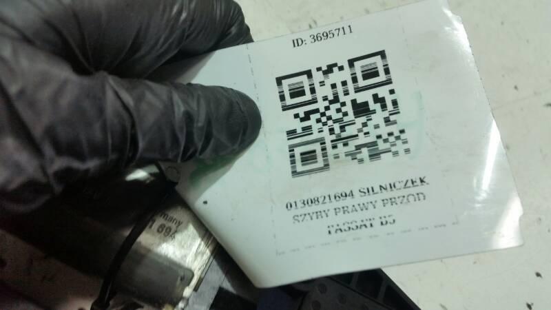 0130821694 SILNICZEK SZYBY PRAWY PRZOD PASSAT B5