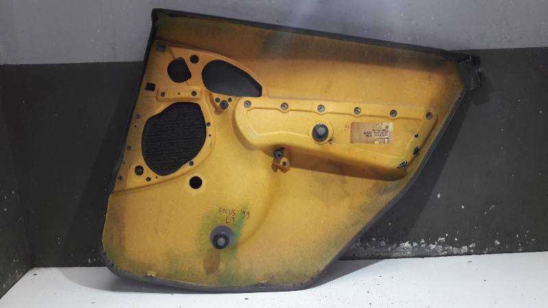 98AB-A27407PF BOCZEK DRZWI LEWY TYL FOCUS MK1